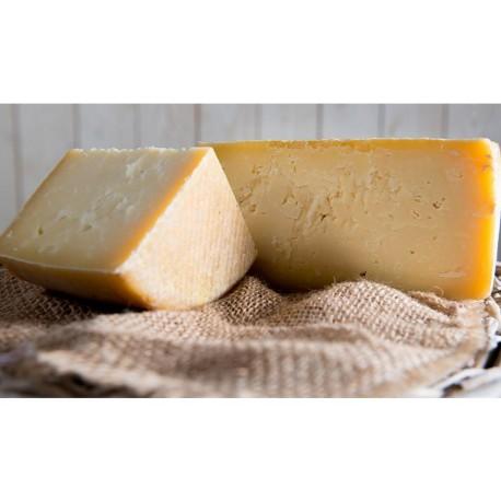 Queso vaca ecológico madurado con cerveza 1,1 kg - Muntanyola - 1,5 Kgr