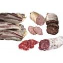 Lot: 1 llonganissa, 1 bull blanc , 1 bull negre i un tall de cansalada - Cal Xec - Camprodon