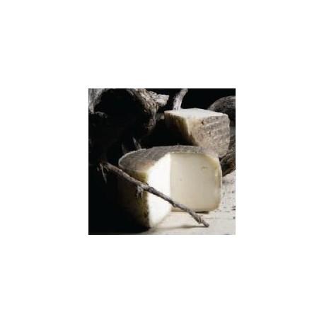 Formatge garrotxa de cabra - 1,2 Kg - Formatges de Muntanyola
